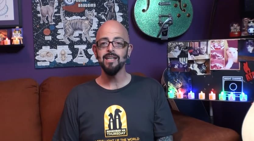 Jackson galaxy promotes remember me thursday cattipper for Jackson galaxy shop